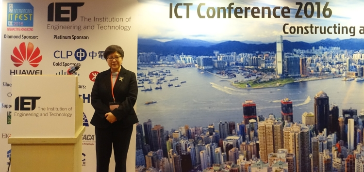 Dr. Winnie Tang, Chairman of Esri China (HK), shared her insights on Smart City